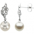 14kt White PAIR 07.00 MM/1/10 CTTW Polished FRSHWTR CULT PRL & DIA EARRING