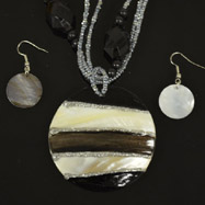 Black and White Mother of Pearl Necklace and Earrings Set