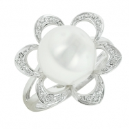 Picture of Freshwater Pearl Diamond Ring